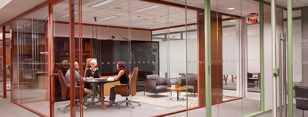 Furniture-Leadership-Offices-Banner5.jpg