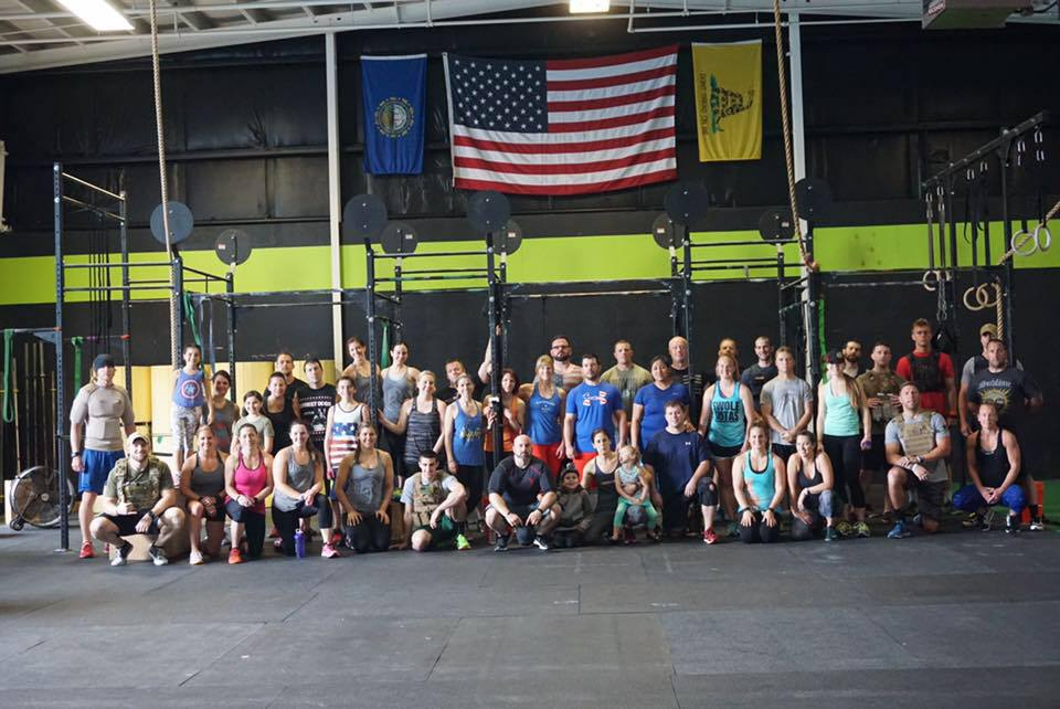 The crew from yesterday before tackling Murph.