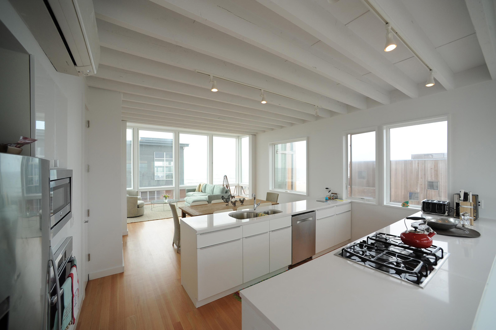 6_CLOUTIER_KITCHEN 2.jpg