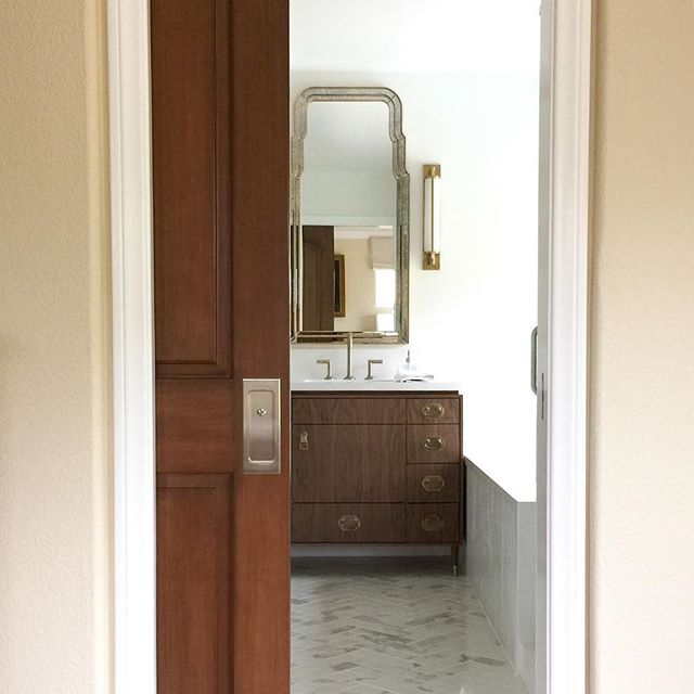 This master bathroom finally wrapped up this week...Going into this weekend with a grateful heart. ❤️ Looking forward to sharing this projects journey on the blog soon! #woodhousecreekdesign #interiordesign #bathroomgoals #instastyle #instadesign #bathroomdesign