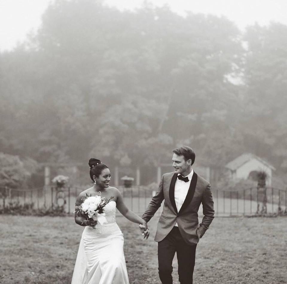 Black and white beauty wedding.jpg