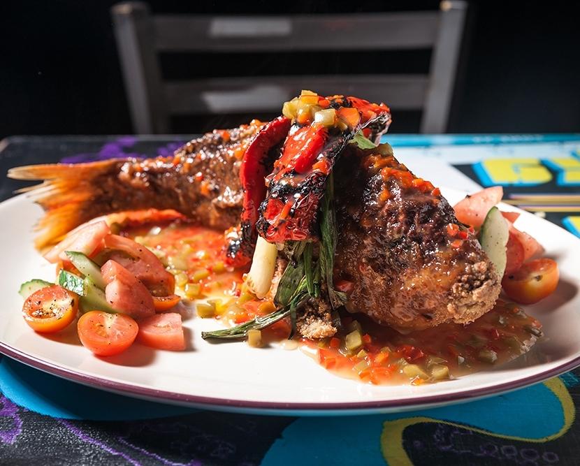 Seafood Lovers - Base price of $55pp Monday-Thursday and $65pp Friday-SundayLumpia ShanghaiLonganissaEnsaladaPutoYour Choice of Rice:Jasmine, Garlic (+1pp), Coconut (+2pp)DilisUkoyTahongAdobong HipongDampa FryCalamariChef's Choice of Veggie Side
