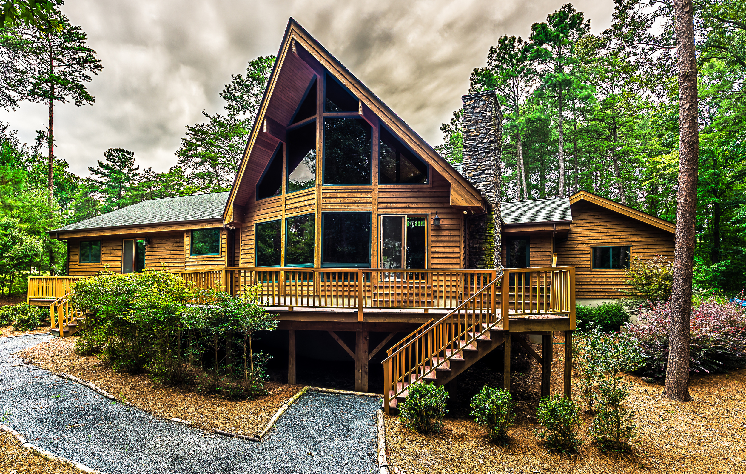 Post & Beam and Timber Truss - This home style is constructed with timber frames and traditional wooden joinery, which is left visible on the inside and outside to showcase its beautiful carpentry.