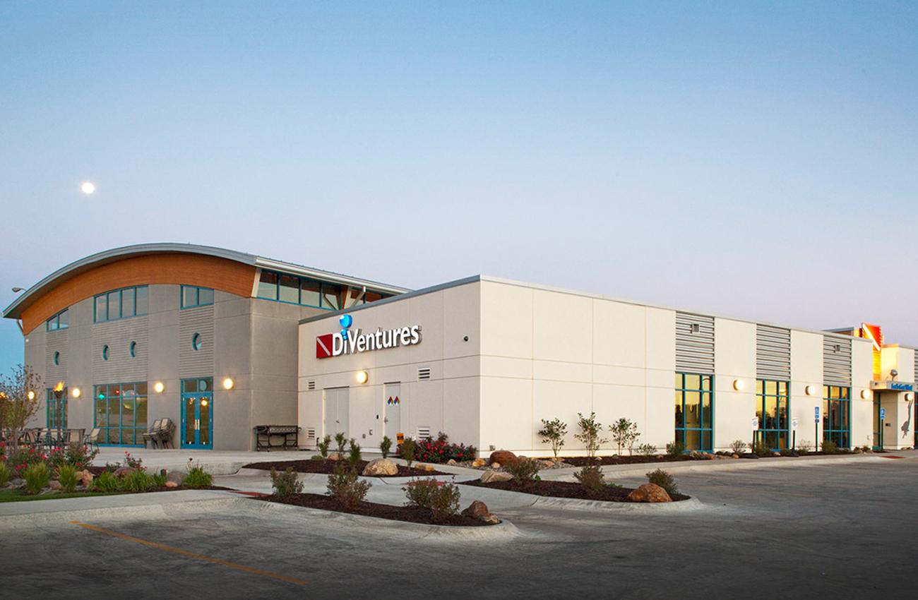 Diventures Scuba Center |  Omaha, NE   View Gallery »