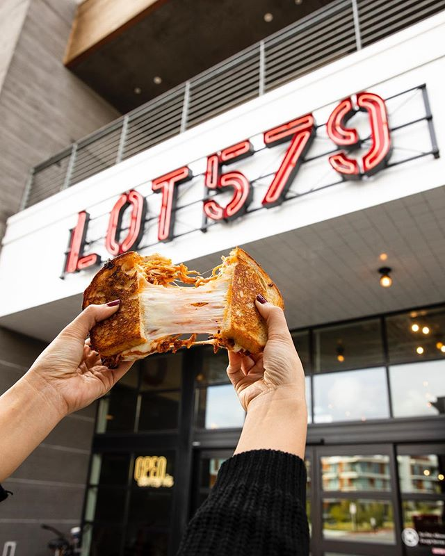 Pull apart a spaghetti grilled cheese, then pull up a chair in LOT 579. #LOT579
