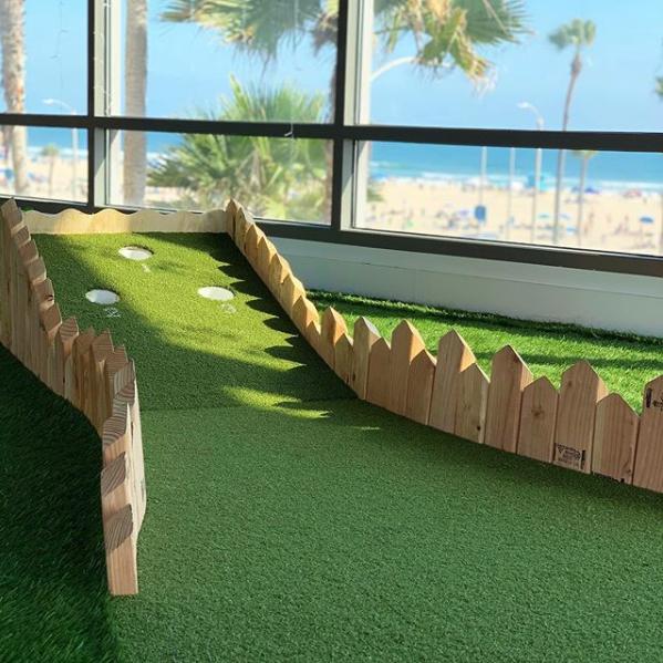 mini-golf-huntingtonbeach.png