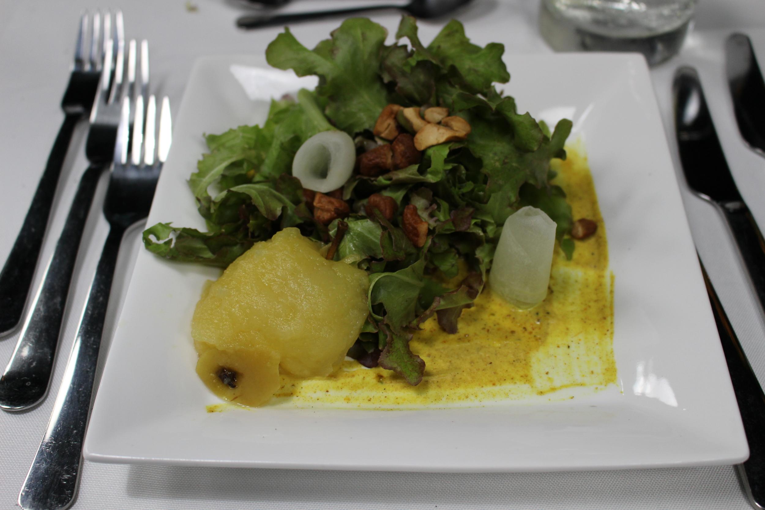 Poached Pear Salad, Spiced Cashews, Curried Shallot Vinaigrette midunu