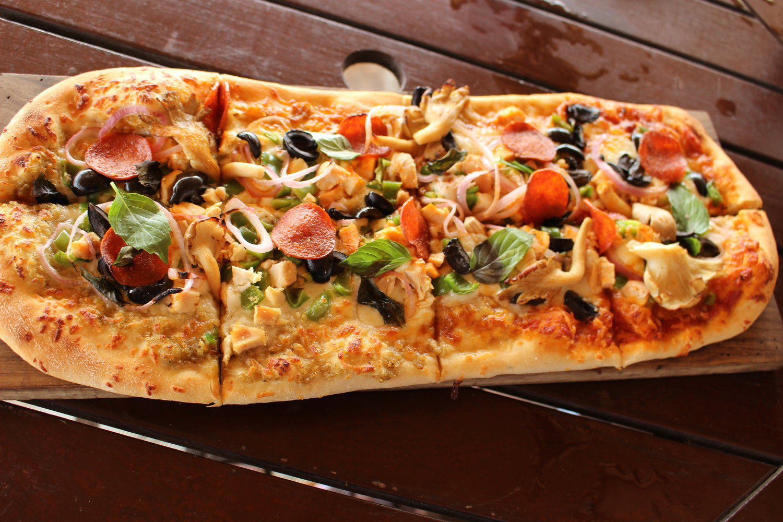 Sandbox Special, Pizza Guy