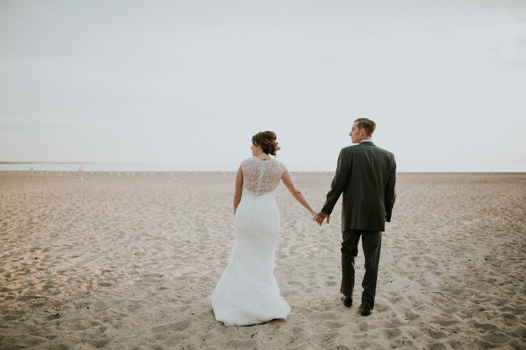 buffalo-new-york-hamburg-beach-wedding-photography 108.jpg