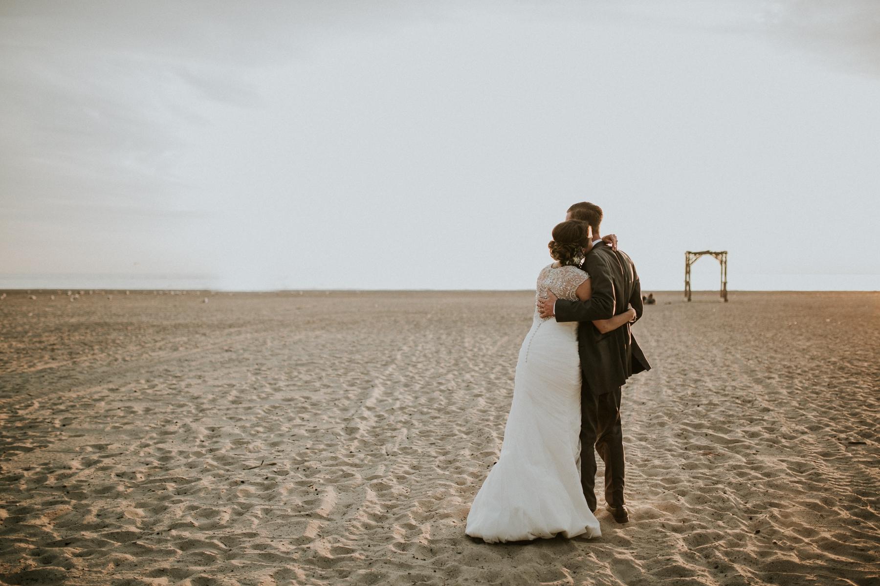 buffalo-new-york-hamburg-beach-wedding-photography 111.jpg