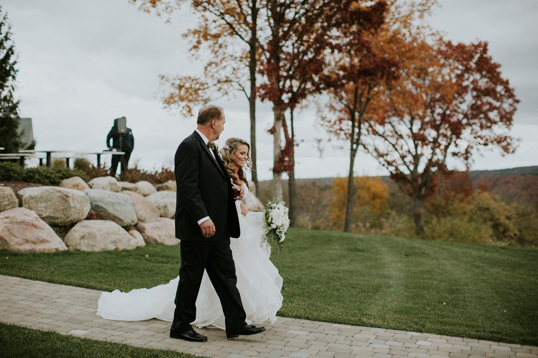 canandaigua-new-york-bristol-harbor-wedding-photographer 27.jpg