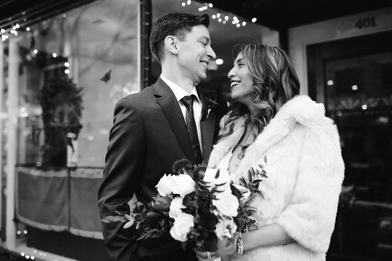 washington-dc-downtown-winter-christmas-wedding-bridal-photographer 12.jpg