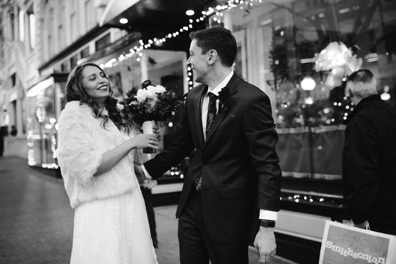 washington-dc-downtown-winter-christmas-wedding-bridal-photographer 25.jpg