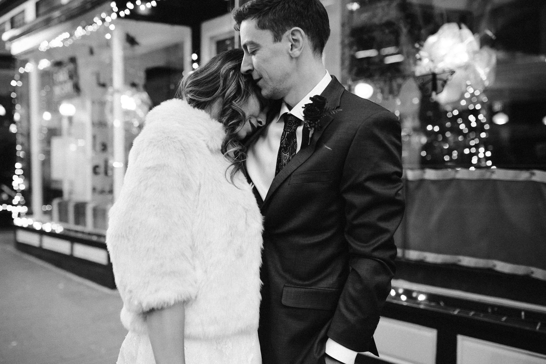 washington-dc-downtown-winter-christmas-wedding-bridal-photographer 28.jpg