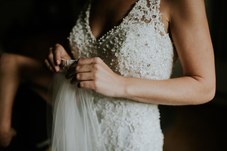 rhinelander-wisconsin-holiday-acres-lakeside-wedding-photographer 38.jpg