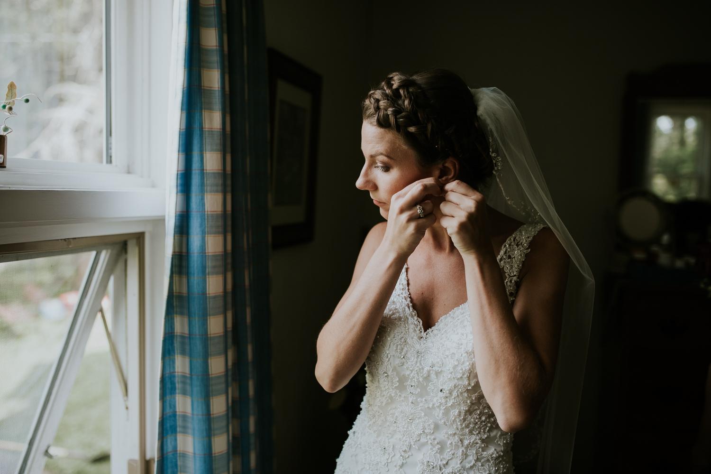 rhinelander-wisconsin-holiday-acres-lakeside-wedding-photographer 47.jpg