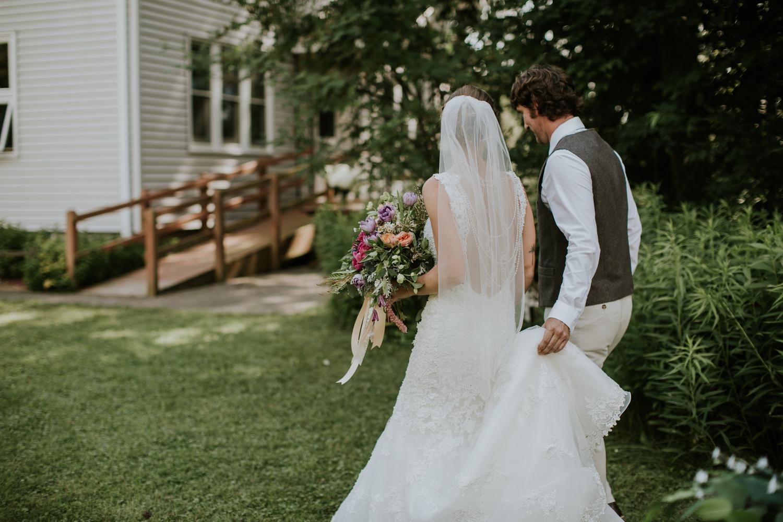 rhinelander-wisconsin-holiday-acres-lakeside-wedding-photographer 74.jpg