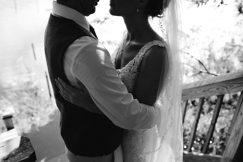 rhinelander-wisconsin-holiday-acres-lakeside-wedding-photographer 83.jpg