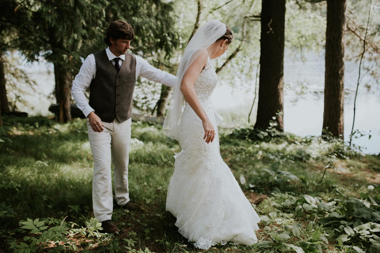 rhinelander-wisconsin-holiday-acres-lakeside-wedding-photographer 84.jpg
