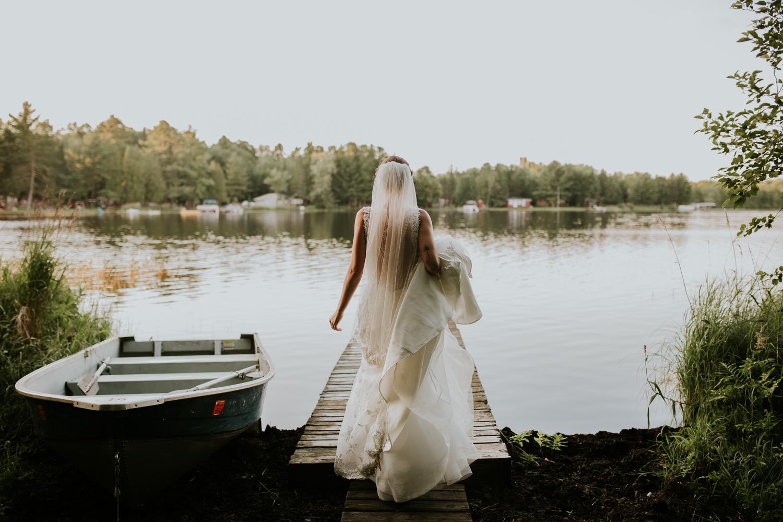 rhinelander-wisconsin-holiday-acres-lakeside-wedding-photographer 125.jpg