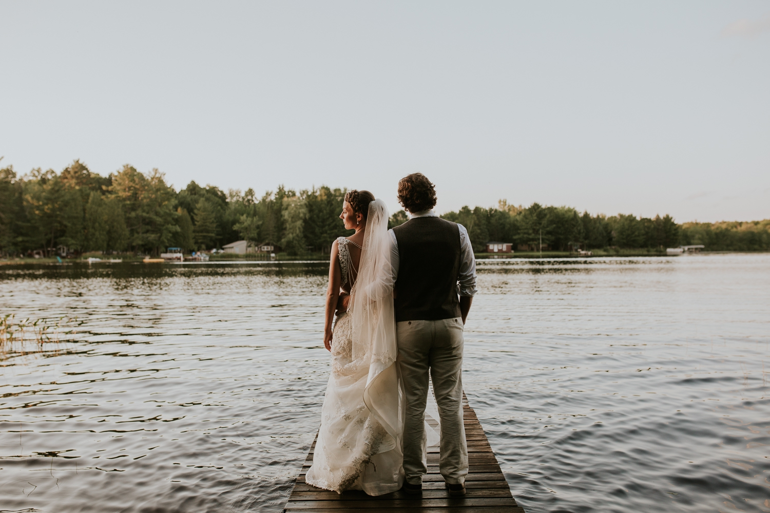 rhinelander-wisconsin-holiday-acres-lakeside-wedding-photographer 126.jpg