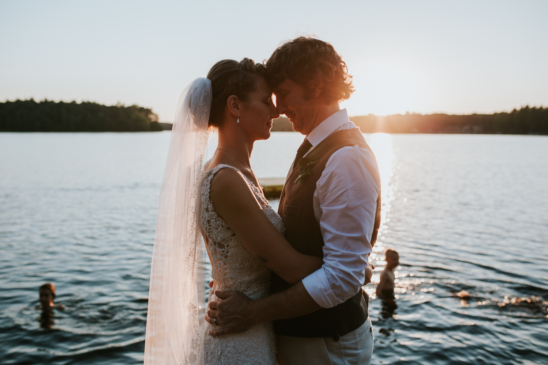 rhinelander-wisconsin-holiday-acres-lakeside-wedding-photographer 135.jpg