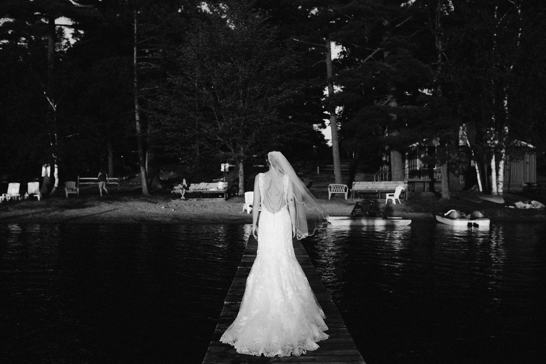 rhinelander-wisconsin-holiday-acres-lakeside-wedding-photographer 139.jpg