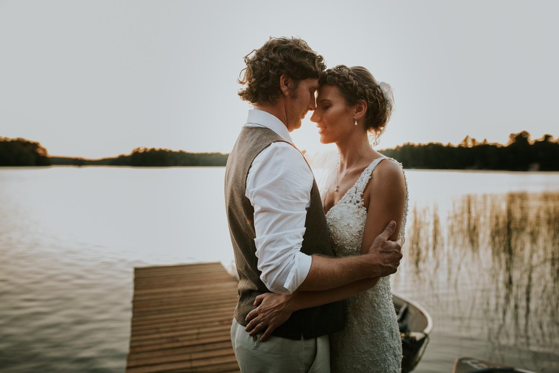 rhinelander-wisconsin-holiday-acres-lakeside-wedding-photographer 143.jpg