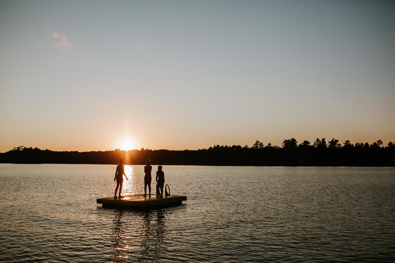 rhinelander-wisconsin-holiday-acres-lakeside-wedding-photographer 145.jpg
