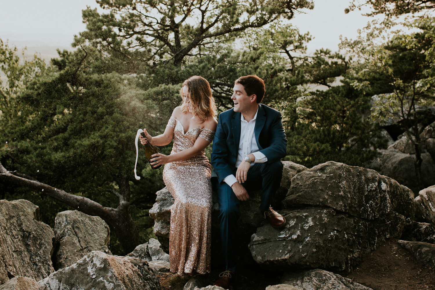 sugar_loaf_mountain_maryland_mountain_top_engagement_photographer-4.jpg