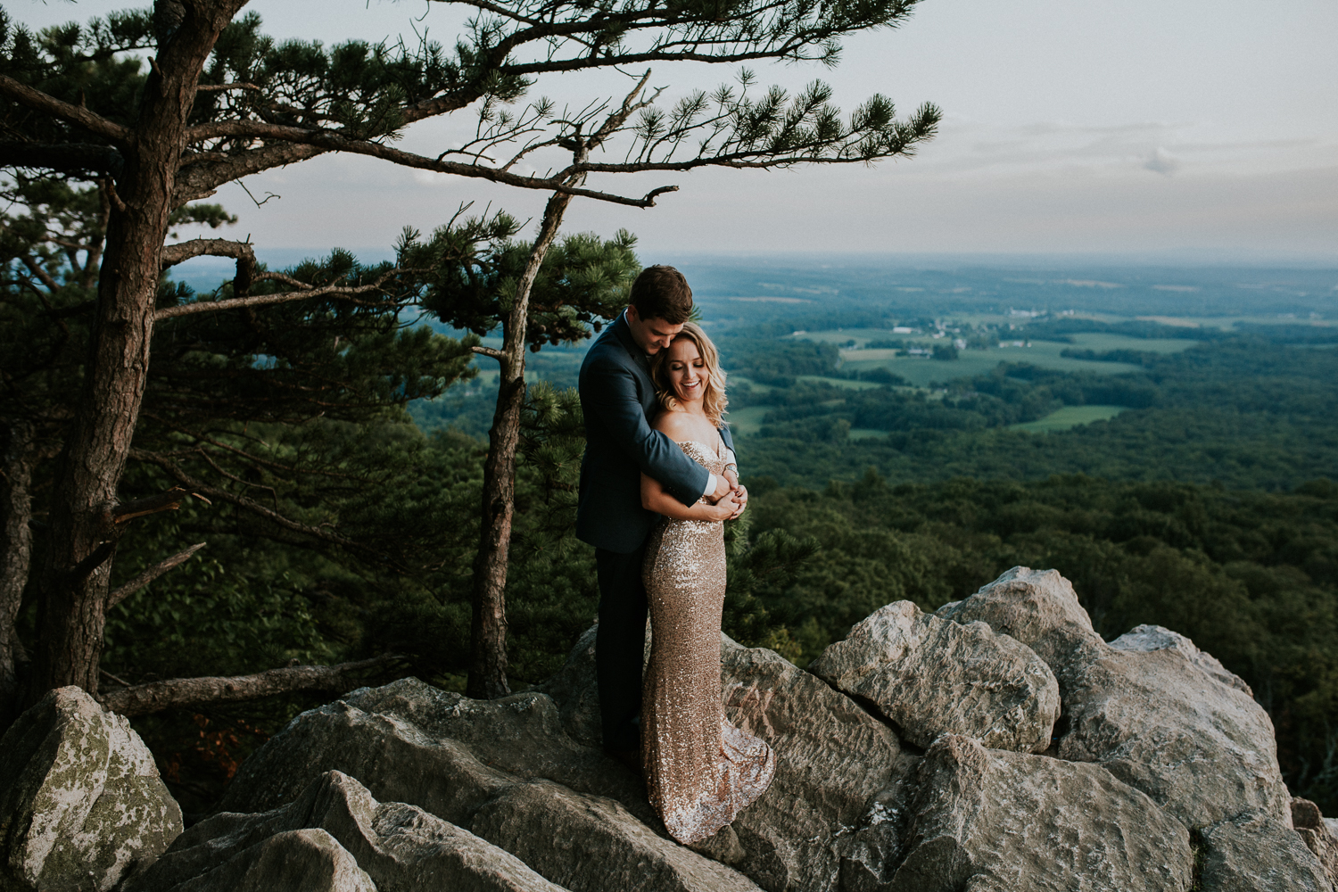 sugar_loaf_mountain_maryland_mountain_top_engagement_photographer-26.jpg
