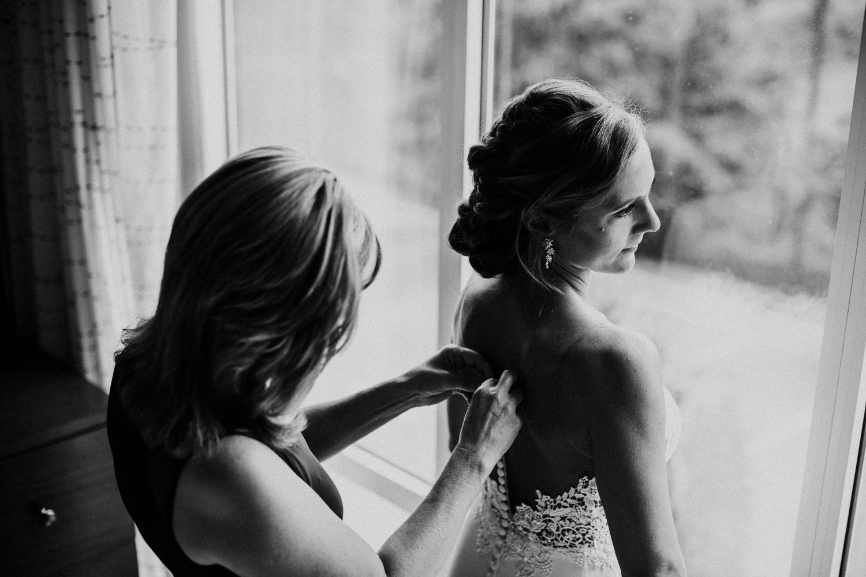 phoenix_maryland_barn_silo_hill_wedding_photographer 18.jpg