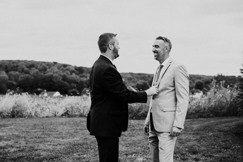 phoenix_maryland_barn_silo_hill_wedding_photographer 22.jpg
