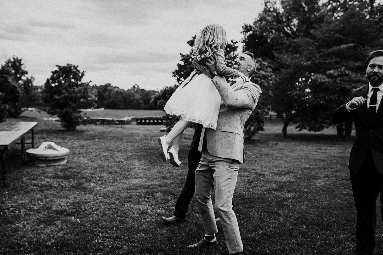 phoenix_maryland_barn_silo_hill_wedding_photographer 29.jpg
