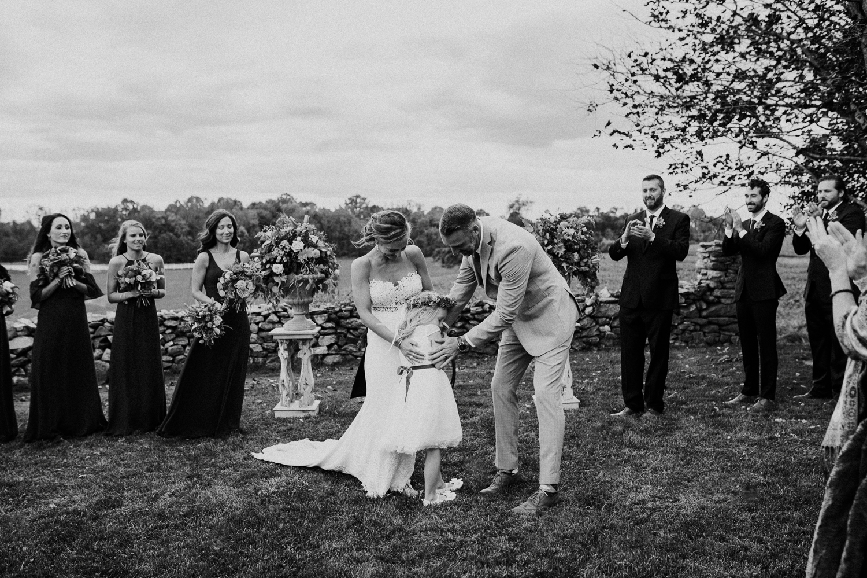 phoenix-maryland-barn-silo-hill-wedding-photographer 25.jpg