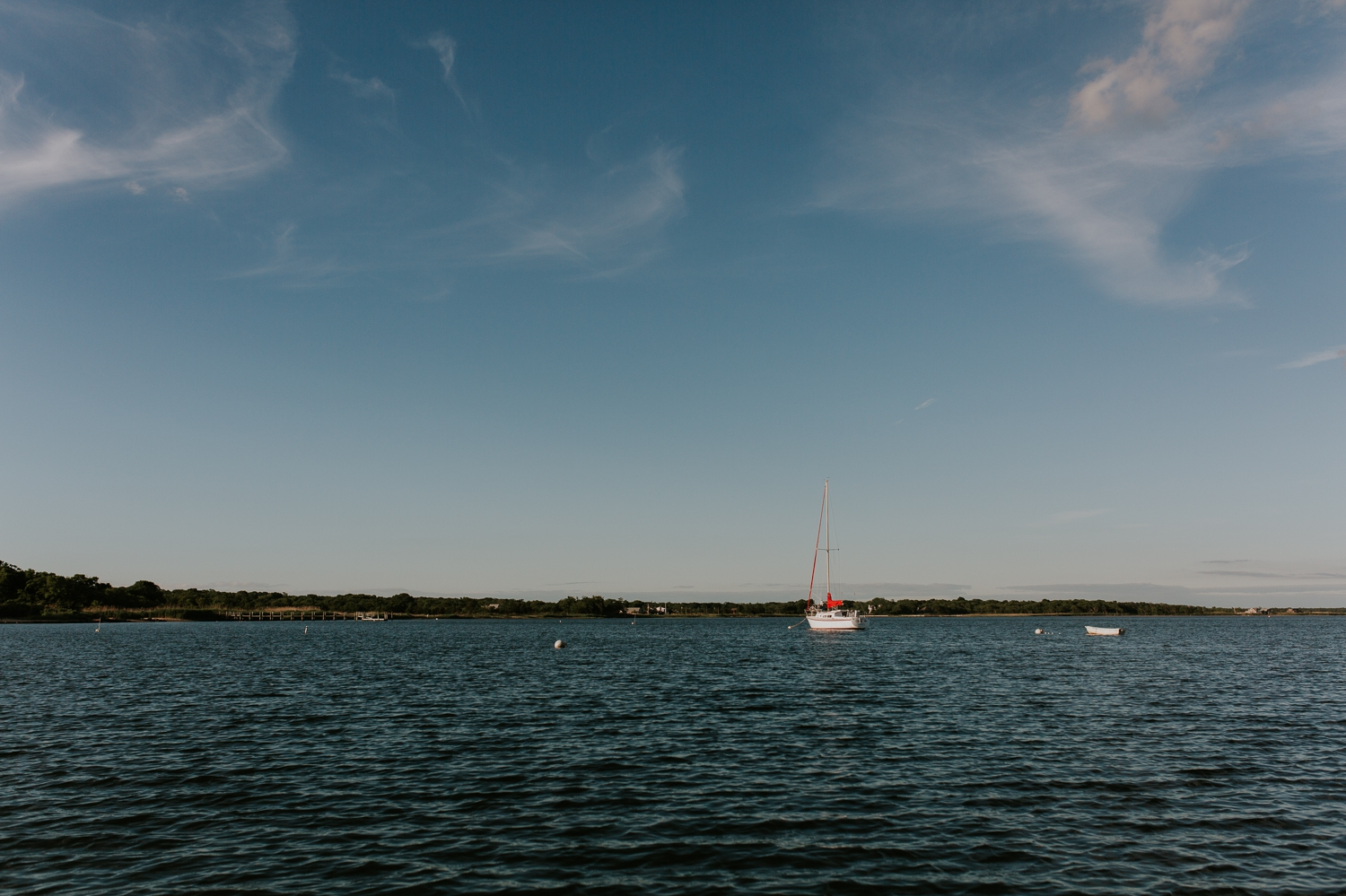 ho-hum-beach-boat-ride-engagement-photography-bellport-new-york 1.jpg