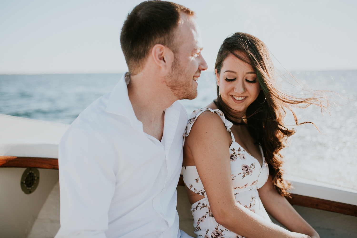 ho-hum-beach-boat-ride-engagement-photography-bellport-new-york 3.jpg