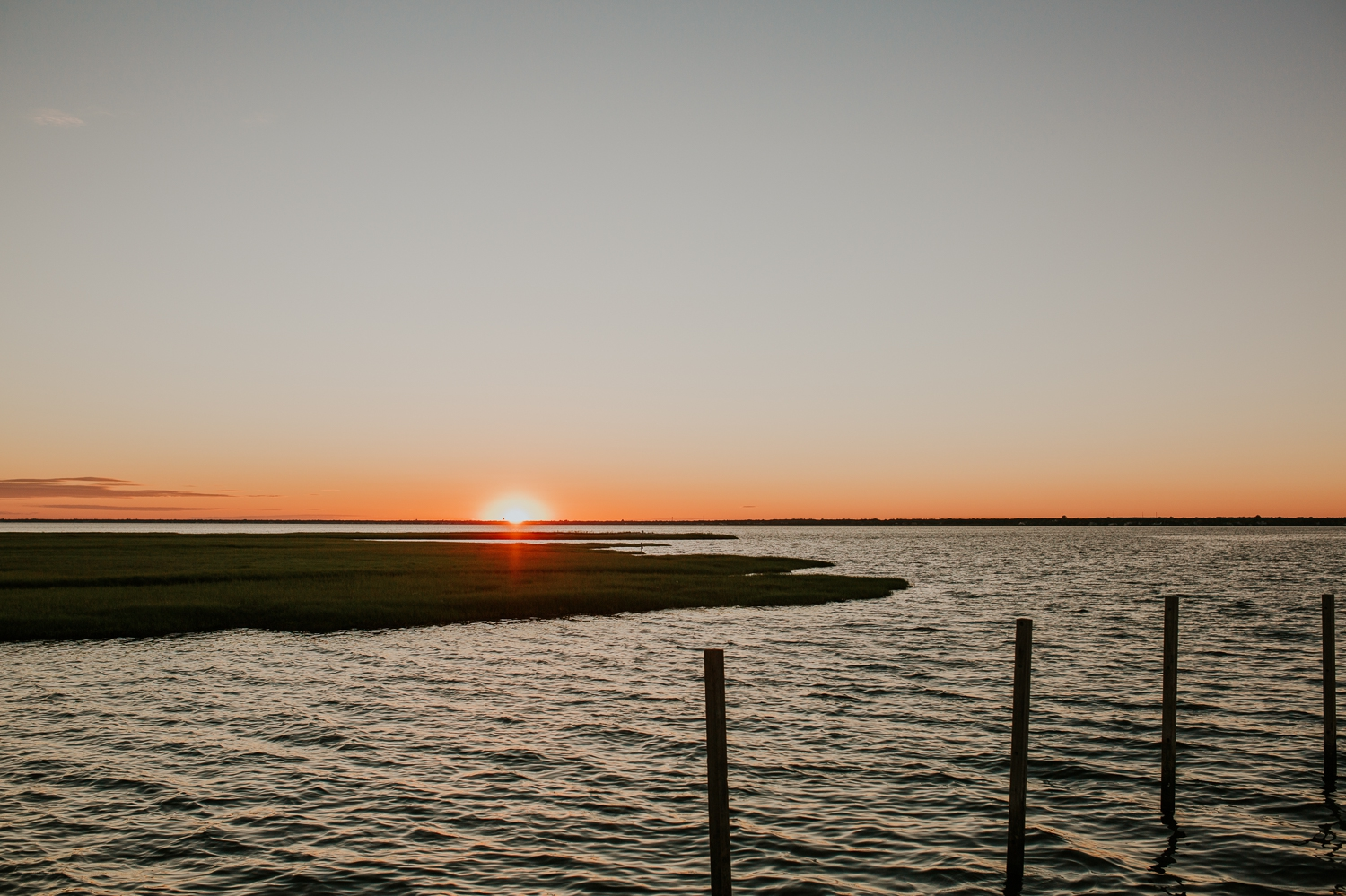 ho-hum-beach-boat-ride-engagement-photography-bellport-new-york 34.jpg