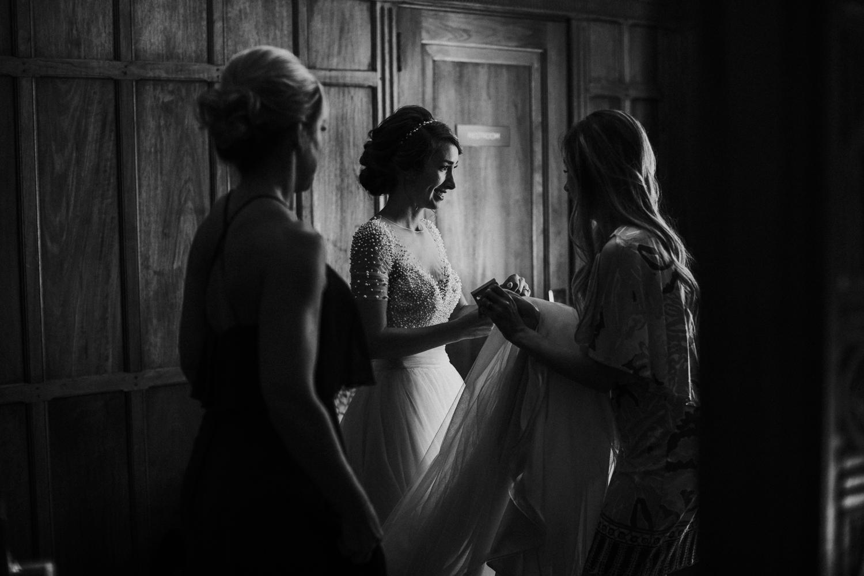norfolk-virginia-hermitage-museum-gardens-wedding-photography 14.jpg