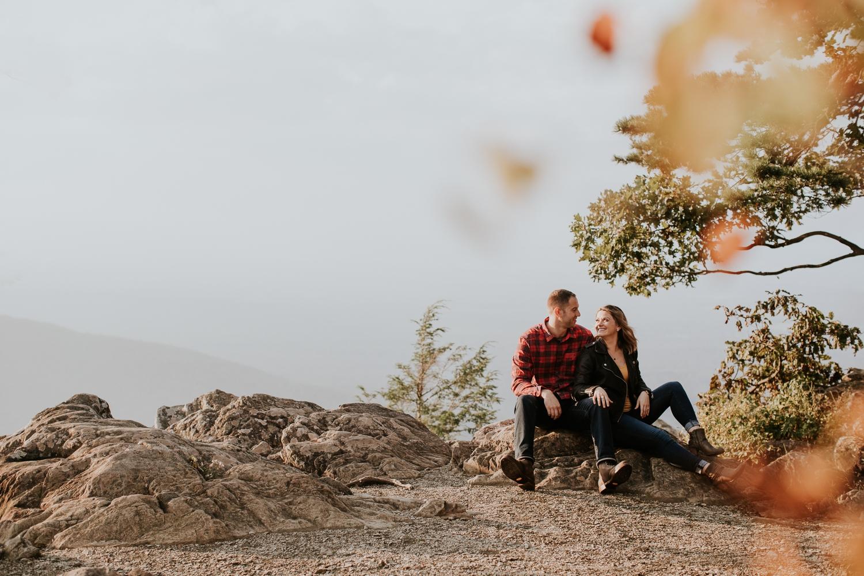 ravens-roost-afton-virginia-mountain-top-engagement-photographer 3.jpg