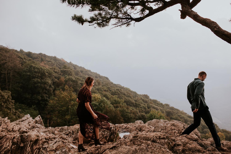 ravens-roost-afton-virginia-mountain-top-engagement-photographer 29.jpg
