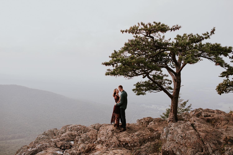 ravens-roost-afton-virginia-mountain-top-engagement-photographer 31.jpg