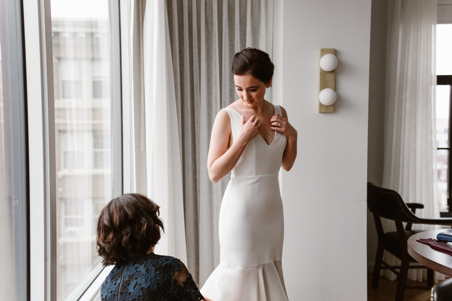 washington-dc-the-line-hotel-bride-getting-ready-photographs 19.jpg