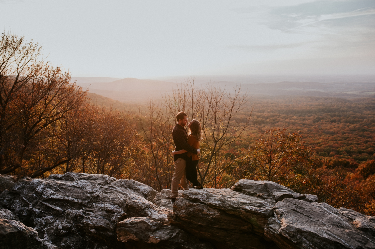 blue-ridge-mountain-engagement-photography 7.jpg