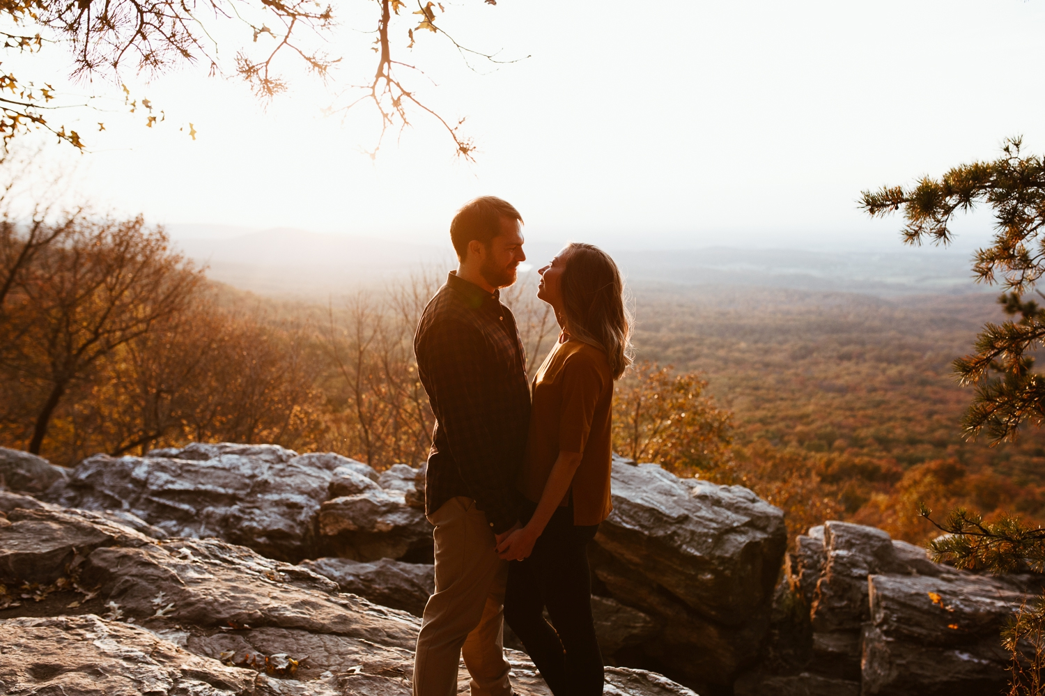 blue-ridge-mountain-engagement-photography 9.jpg