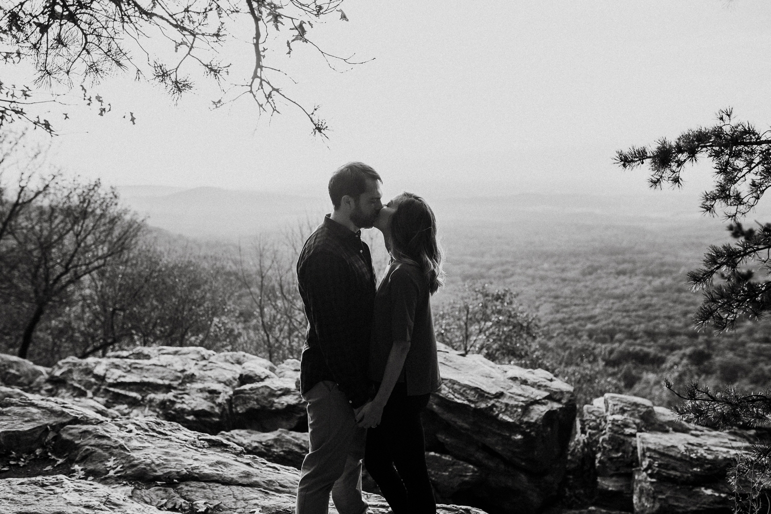 blue-ridge-mountain-engagement-photography 11.jpg