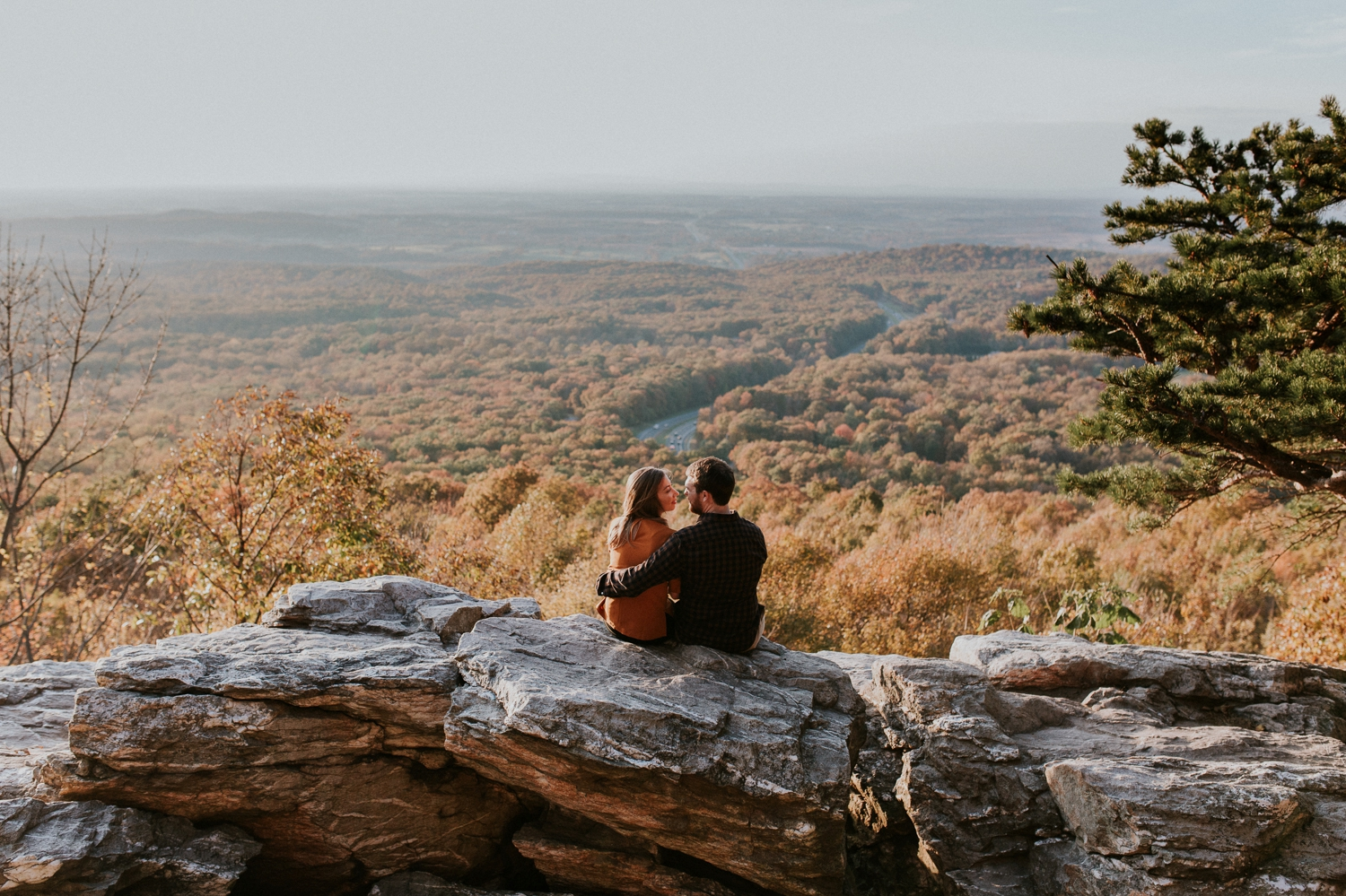 blue-ridge-mountain-engagement-photography 13.jpg