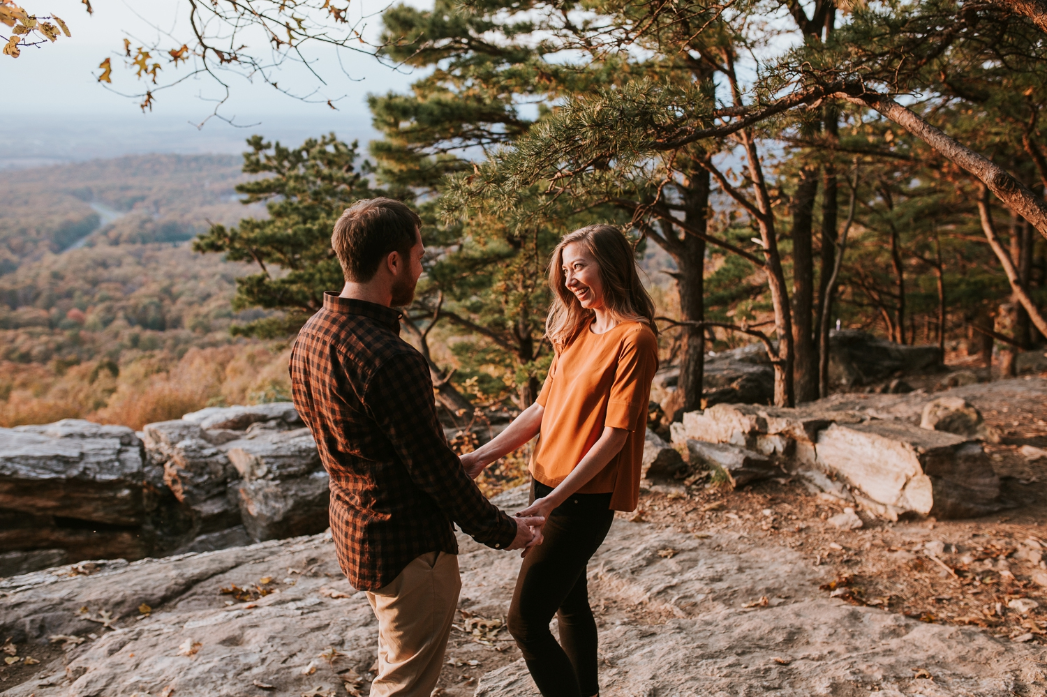 blue-ridge-mountain-engagement-photography 14.jpg