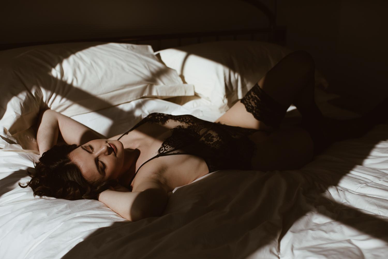 washington-dc-boudoir-photographer-the-line-hotel-15.jpg