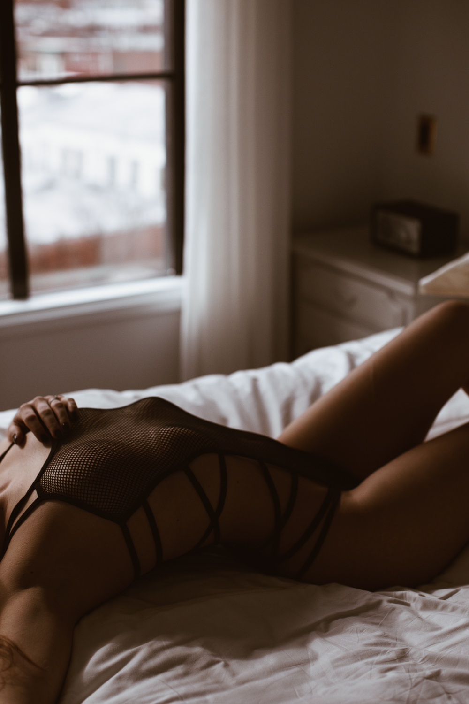 washington-dc-boudoir-photographer-the-line-hotel-27.jpg
